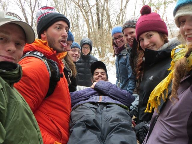 As a rule, use at least five people to carry a patient in the wilderness